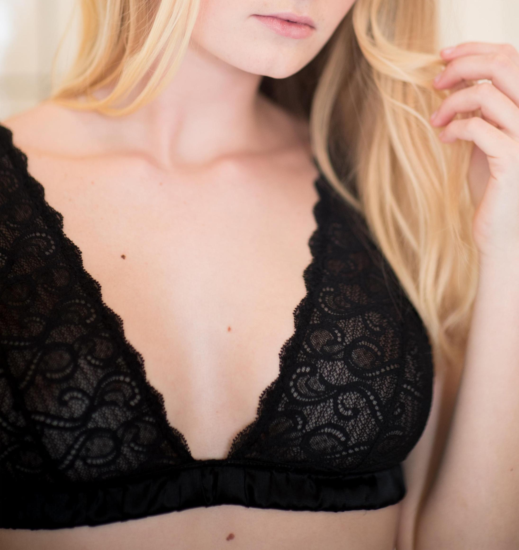 Homemovies soft bra